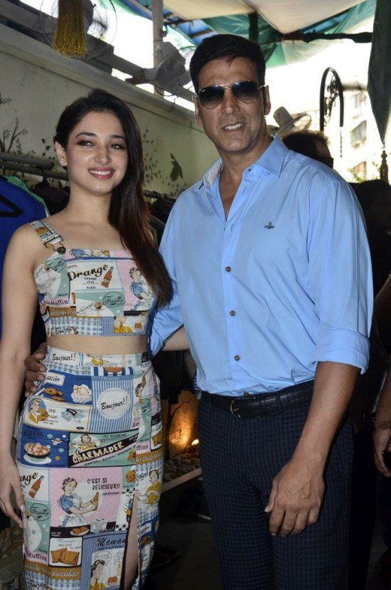 Akshya_KUmar_Tamannaah_entertainemt_charity29