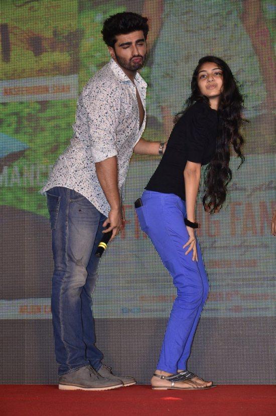 Arjun-Kapoor-and-Deepika-Padukone-at-Shake-That-Bootiya-Launch37