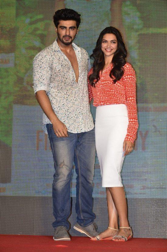 Arjun-Kapoor-and-Deepika-Padukone-at-Shake-That-Bootiya-Launch39