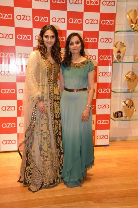 Celebs_at_aza_store_launch10