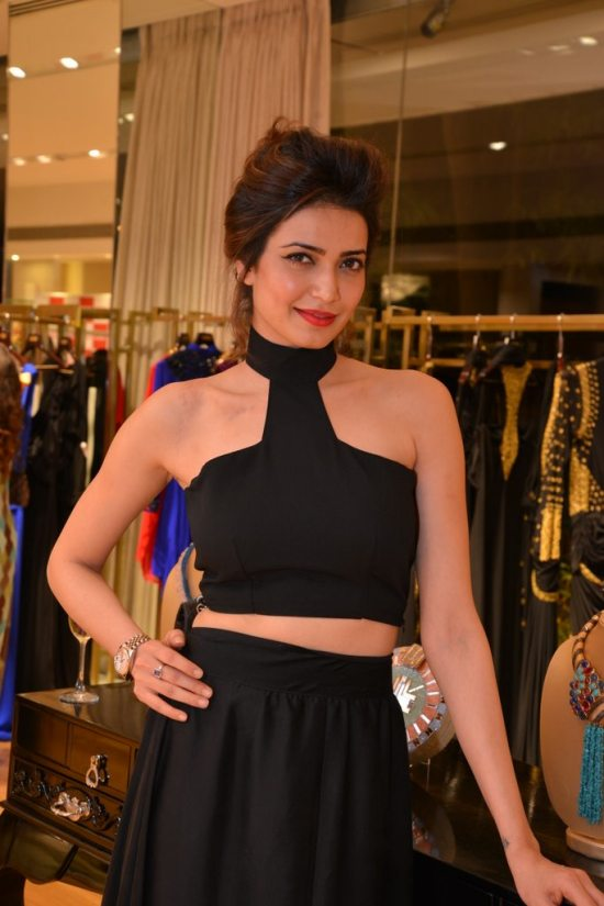 Celebs_at_aza_store_launch105