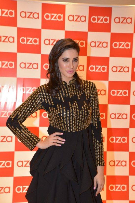 Celebs_at_aza_store_launch112