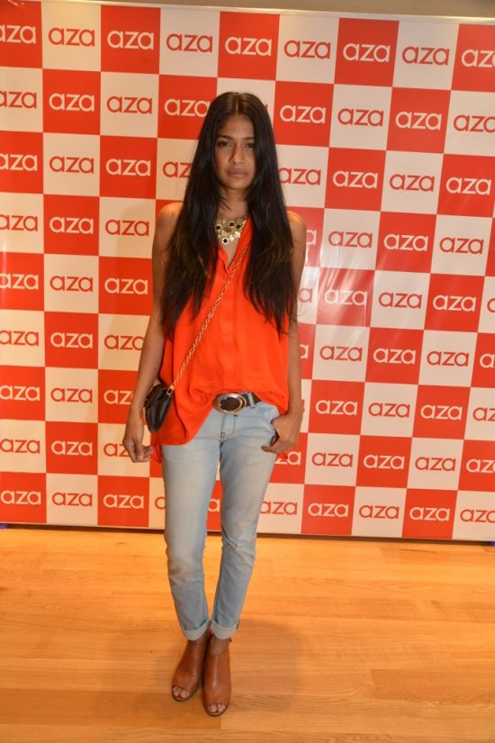 Celebs_at_aza_store_launch164