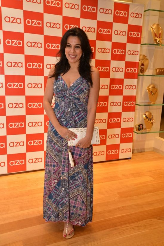 Celebs_at_aza_store_launch185