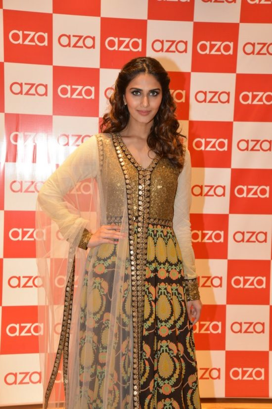 Celebs_at_aza_store_launch8