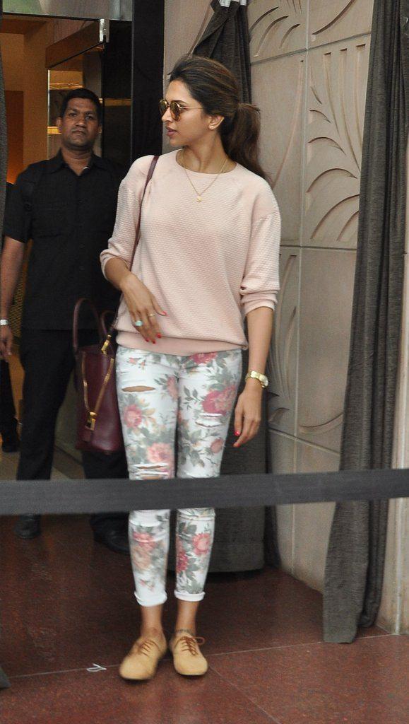 Deepika snapped (3)