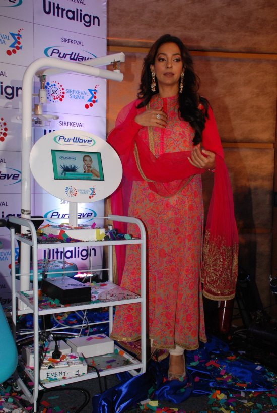 Juhi_Chawla_and_Sohail_Khan_launch_PurWave21