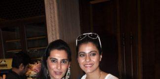 Tanuja, Kajol and Tanisha attend Araaish exhibition – Photos