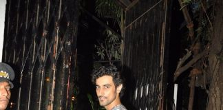 Kunal Kapoor spends private time at Nido restaurant
