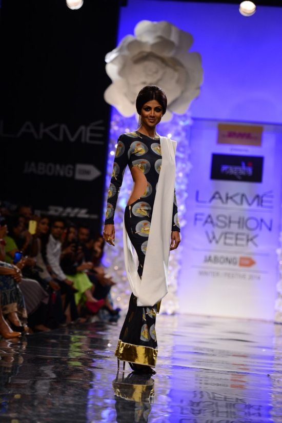 Lakme_fashion_week_Shilpa_shetty_Masaba355