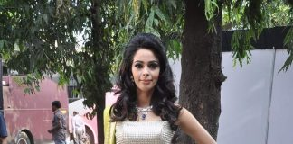 Mallika Sherawat finds herself in a legal tangle