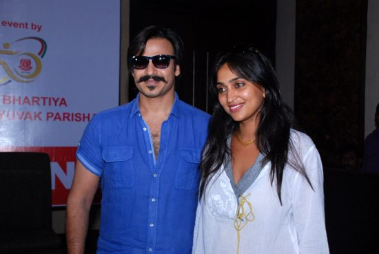 Mega_Blood_Donation_Drive_by_Vivek_Oberoi12