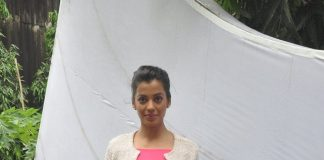 Mugdha Godse on sets of Ishq Ne Crazy Kiya Re