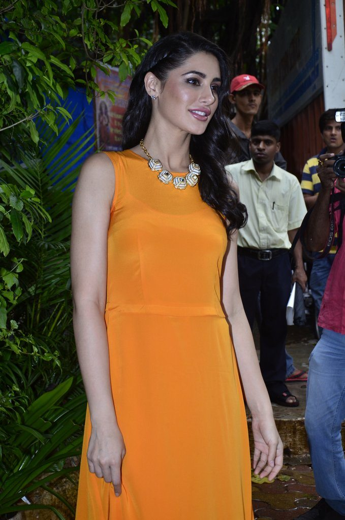 Nargis mission home (4)