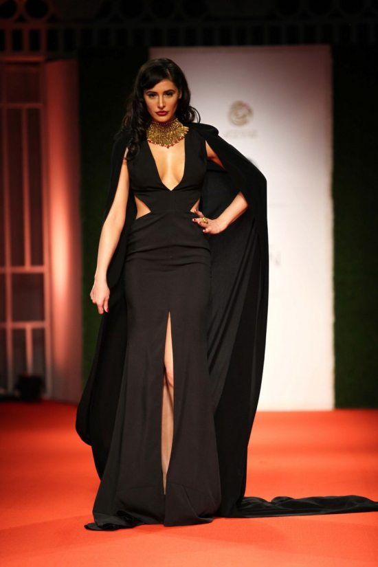 Nargis_fakhri_India_bridal_week_201440