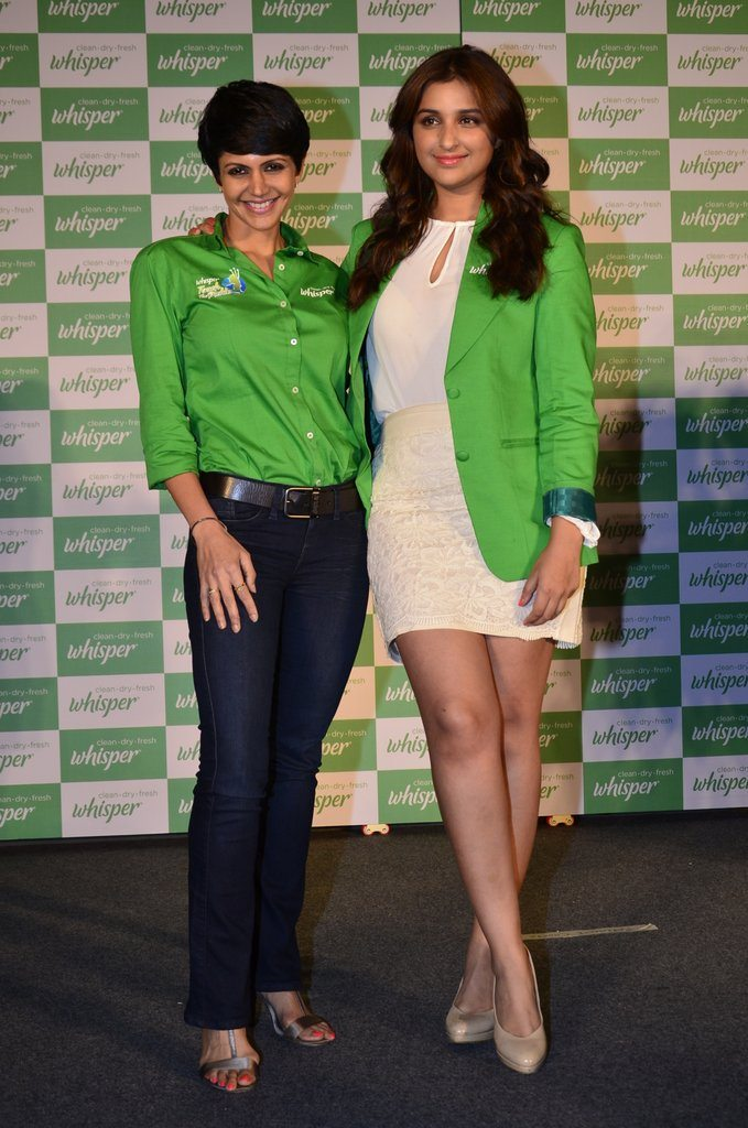 Parineeti whisper event (11)