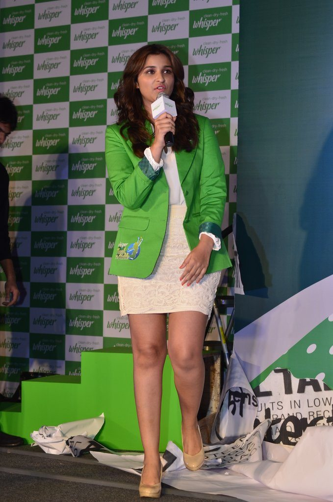 Parineeti whisper event (3)