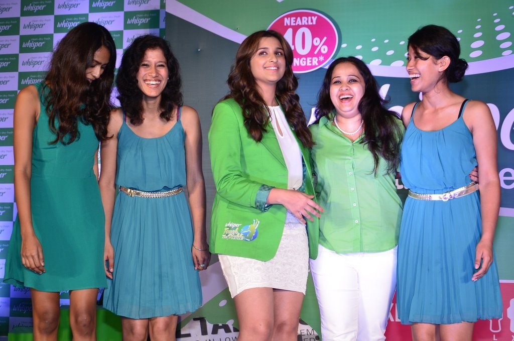 Parineeti whisper event (7)
