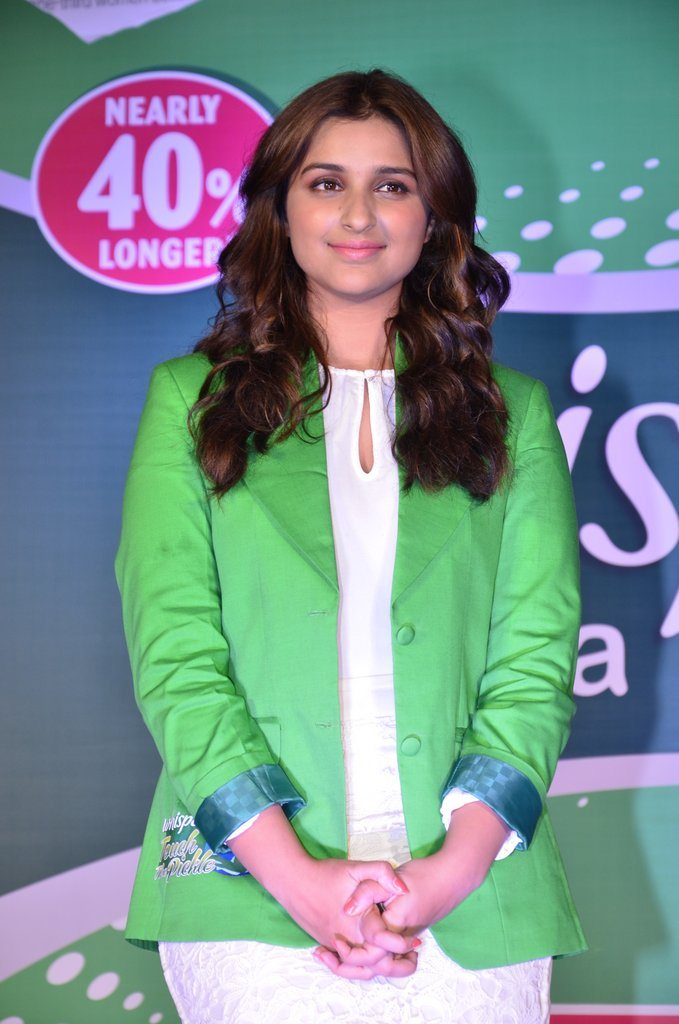 Parineeti whisper event (9)