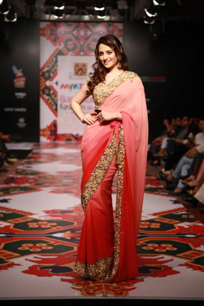 zoya afroz myntra bangalore fashion week
