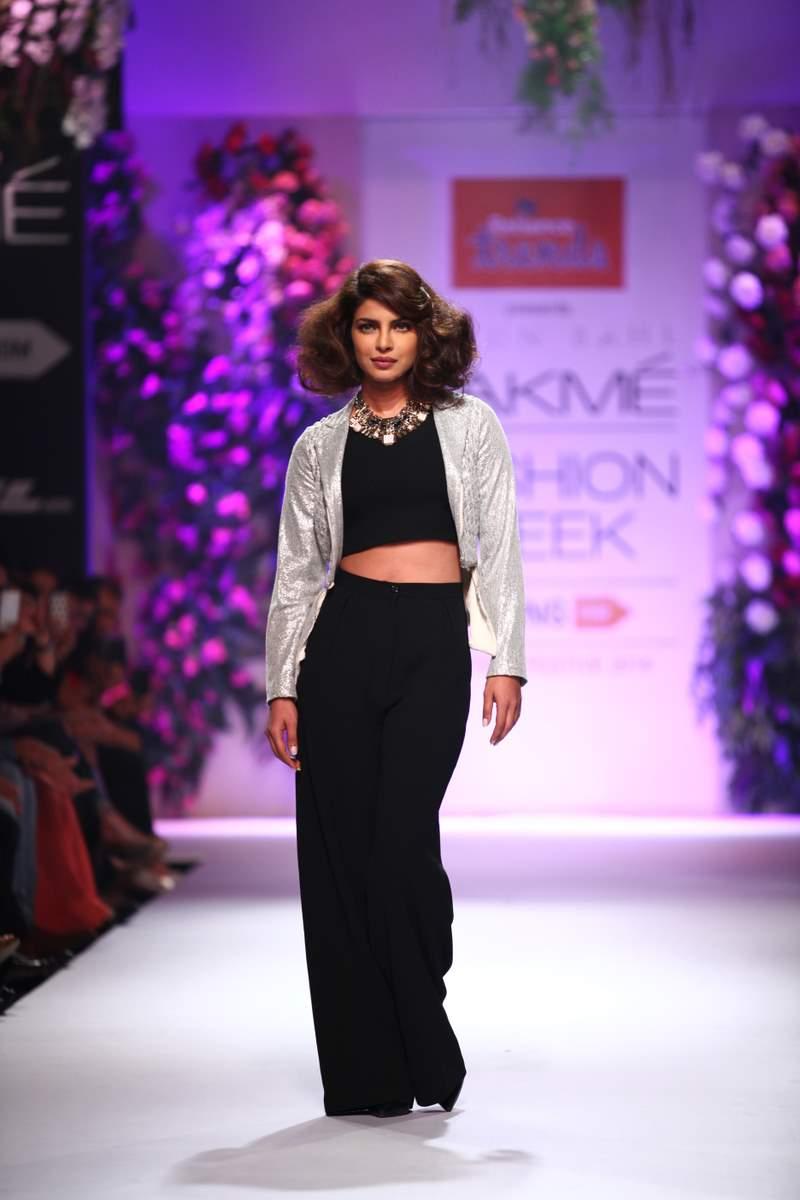 Priyanka Chopra LFW (10)