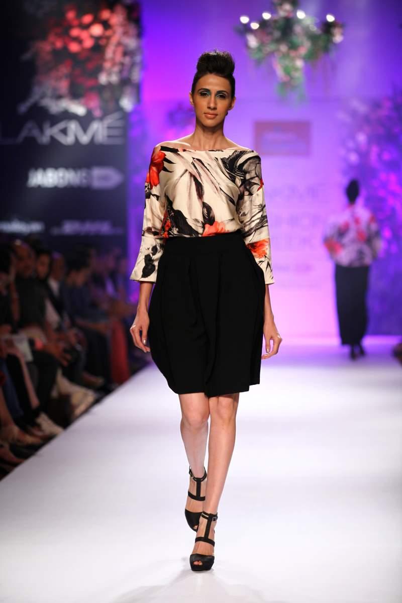 Priyanka Chopra LFW (3)