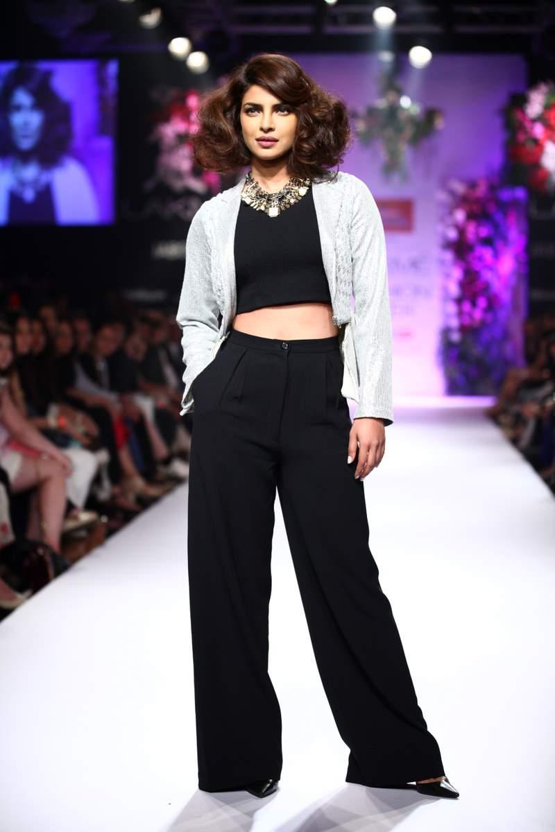 Priyanka Chopra LFW (7)