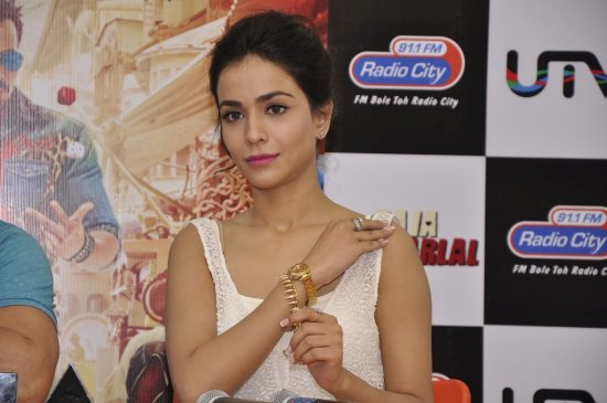 Raja_natwarlal_promotions_radio_city3