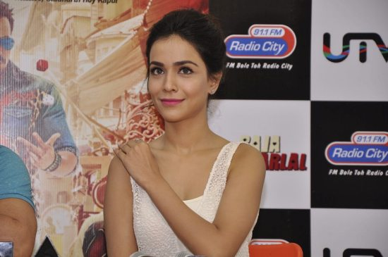 Raja_natwarlal_promotions_radio_city4