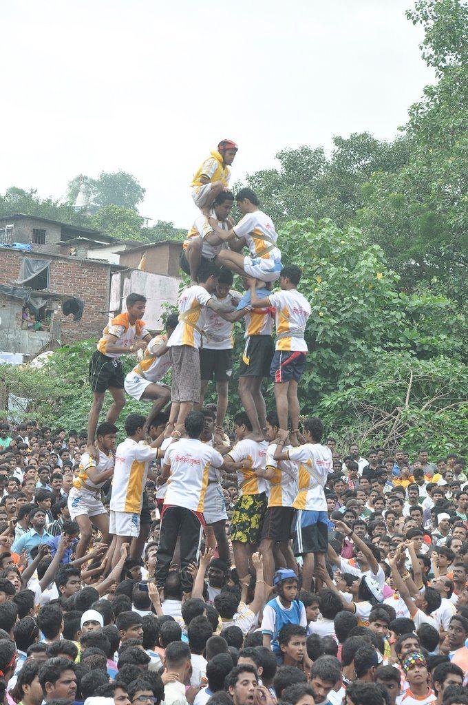 Ram Kadam Dahi Handi (4)