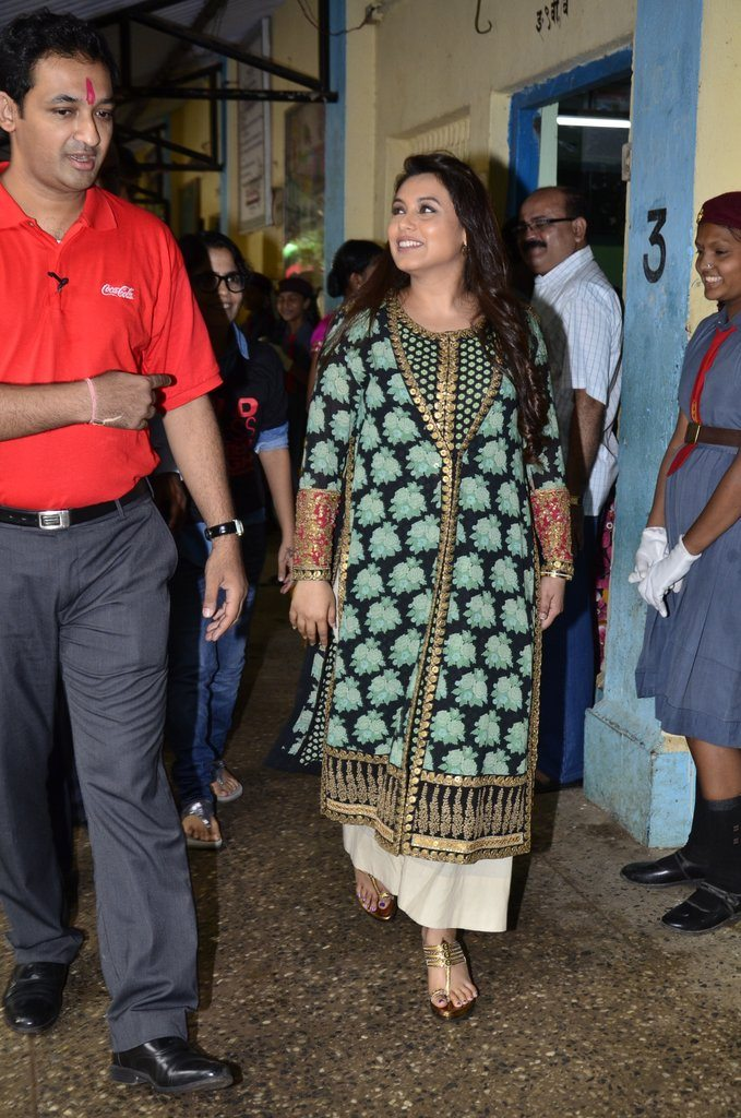 Rani Mukherji Support My School campaign