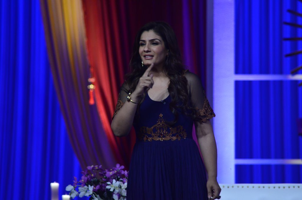 Raveena Gr8 awards (8)