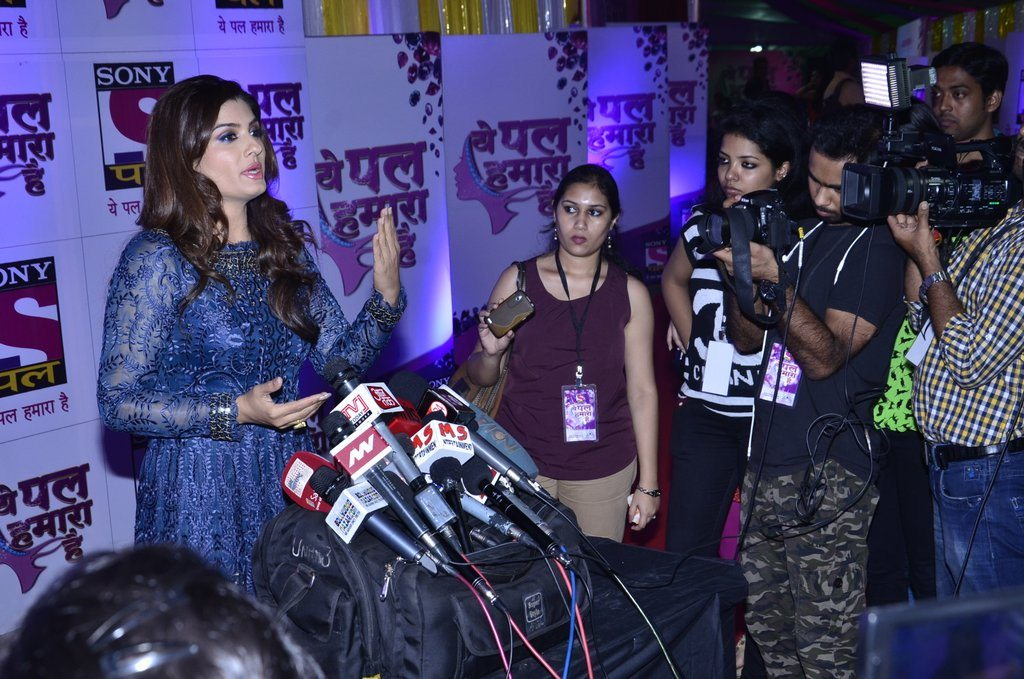 Raveena Tandon Sony Pal (12)