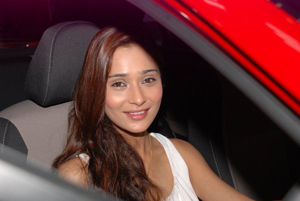 Sara Khan 120 elite (3)