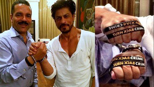 Shah Rukh Khan - Ambassador Turn Back Crime campaign with INTERPOL Secretary General Ronald K. Noble