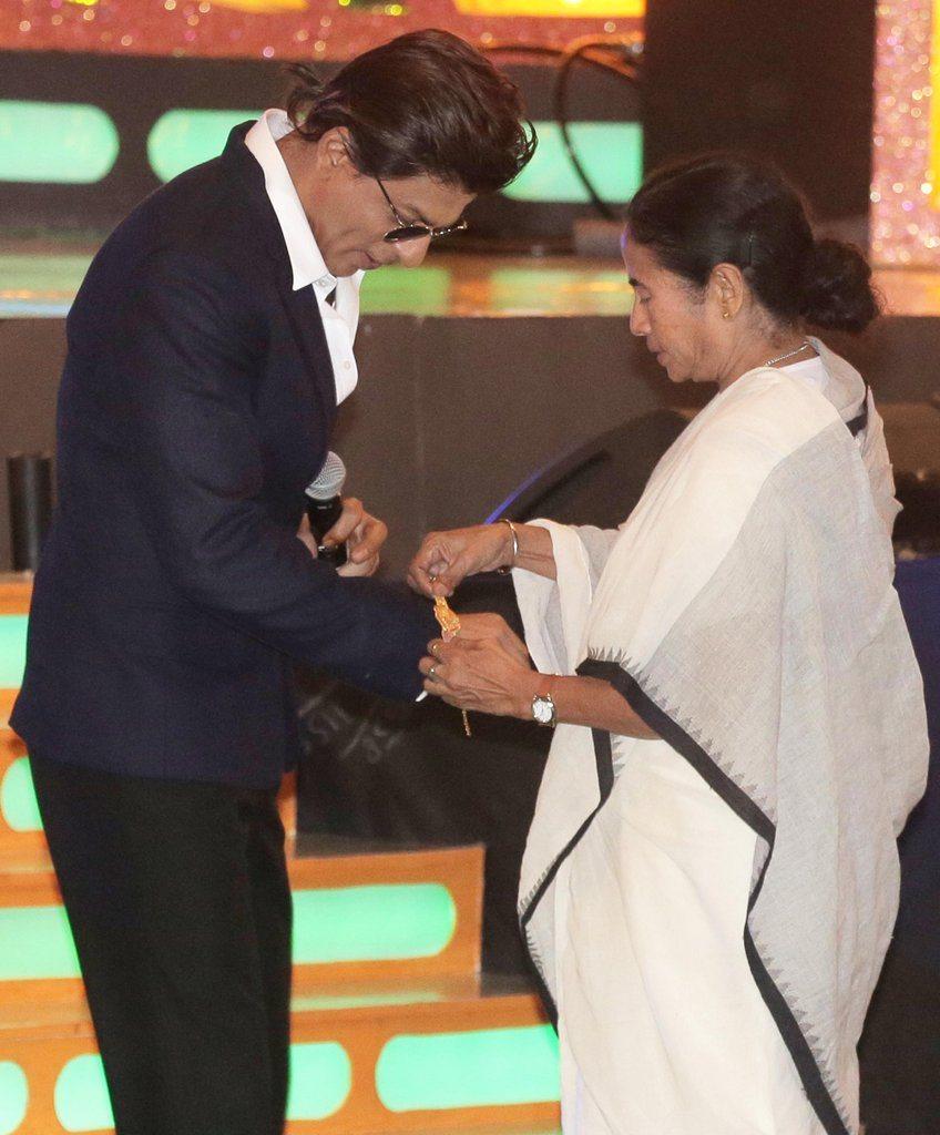Shahrukh rakhi (4)