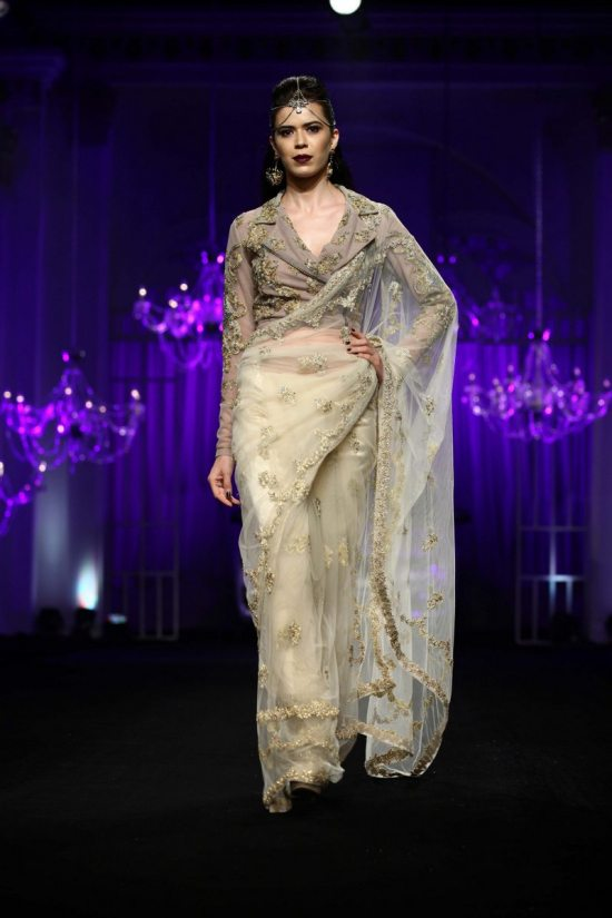 Shane_falguni_peacock_india_bridal_week_201410