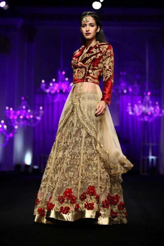Shane_falguni_peacock_india_bridal_week_201412
