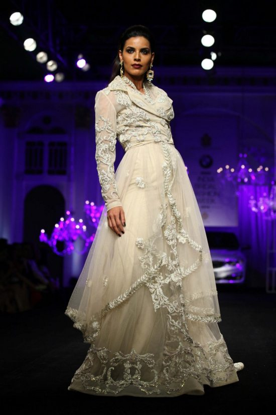 Shane_falguni_peacock_india_bridal_week_201415