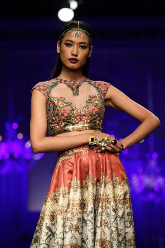 Shane_falguni_peacock_india_bridal_week_201418