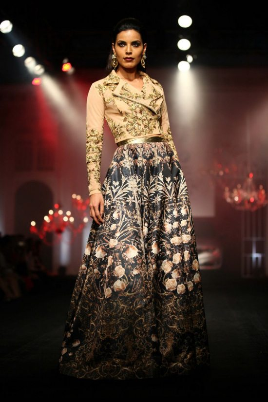 Shane_falguni_peacock_india_bridal_week_20142