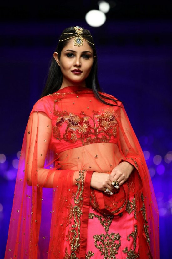 Shane_falguni_peacock_india_bridal_week_201420