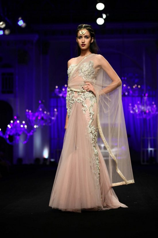 Shane_falguni_peacock_india_bridal_week_201422