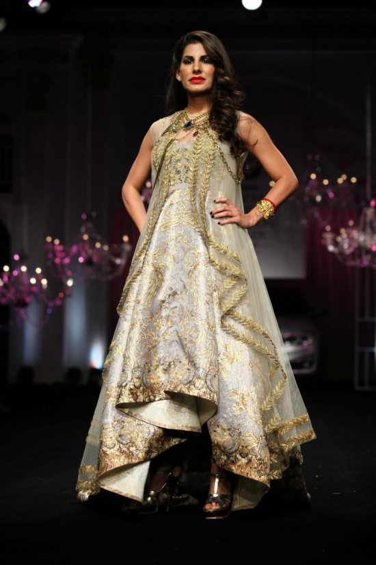 Shane_falguni_peacock_india_bridal_week_201427
