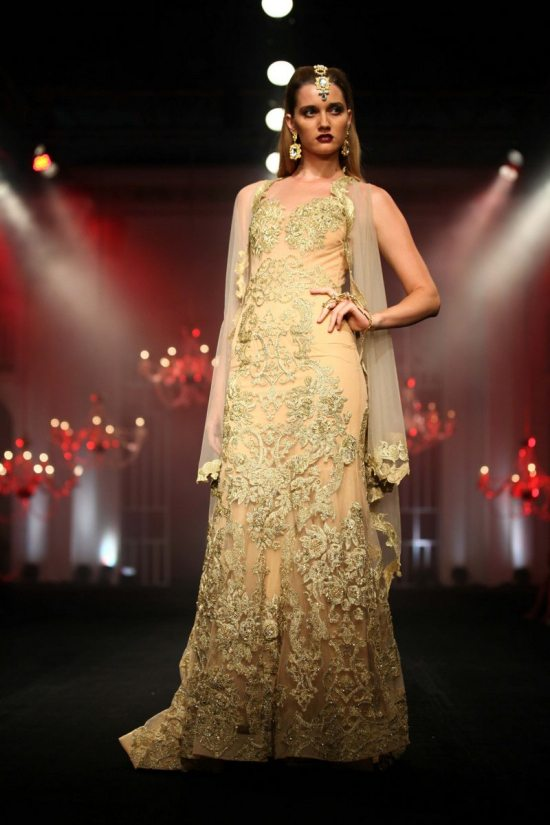 Shane_falguni_peacock_india_bridal_week_20143