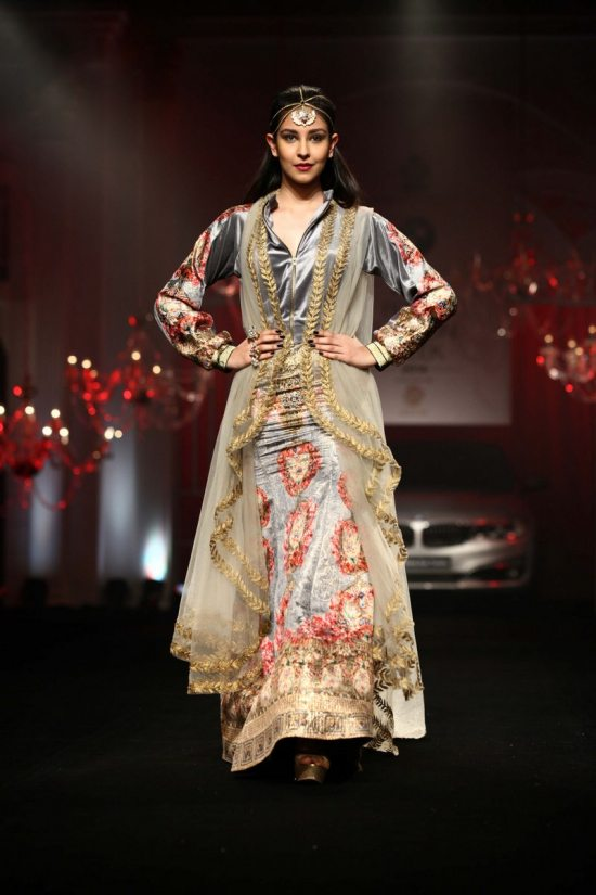 Shane_falguni_peacock_india_bridal_week_20145