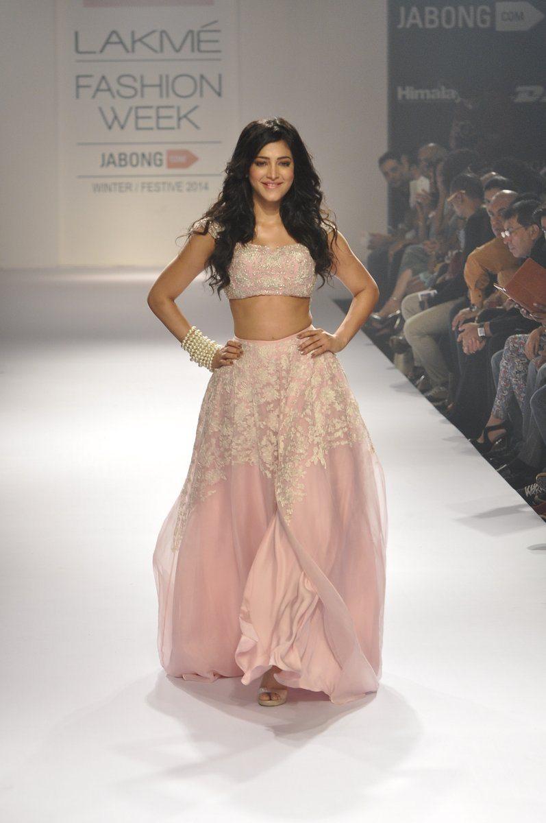 Shruti Haasan Shehla Khan (6)