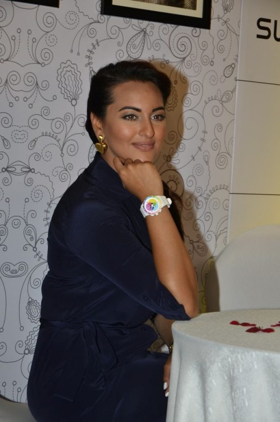 Sonakshi_Sinha_Swatch_new_collection80