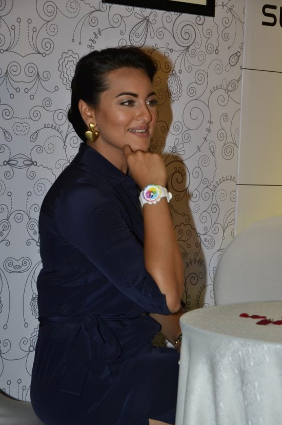 Sonakshi_Sinha_Swatch_new_collection83