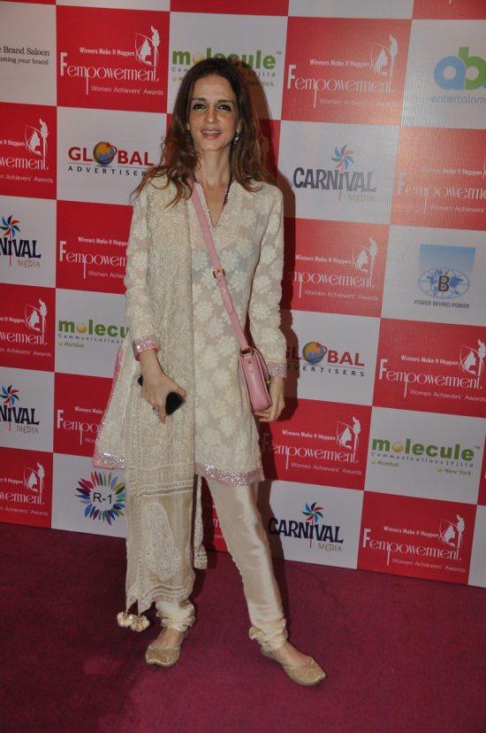 Sussanne_Khan_Fempowerment_Women_Achievers_Award_201422
